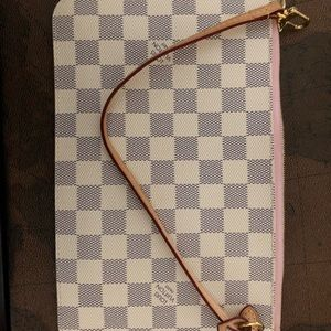 Authentic LV neverfull MM/GM pouch